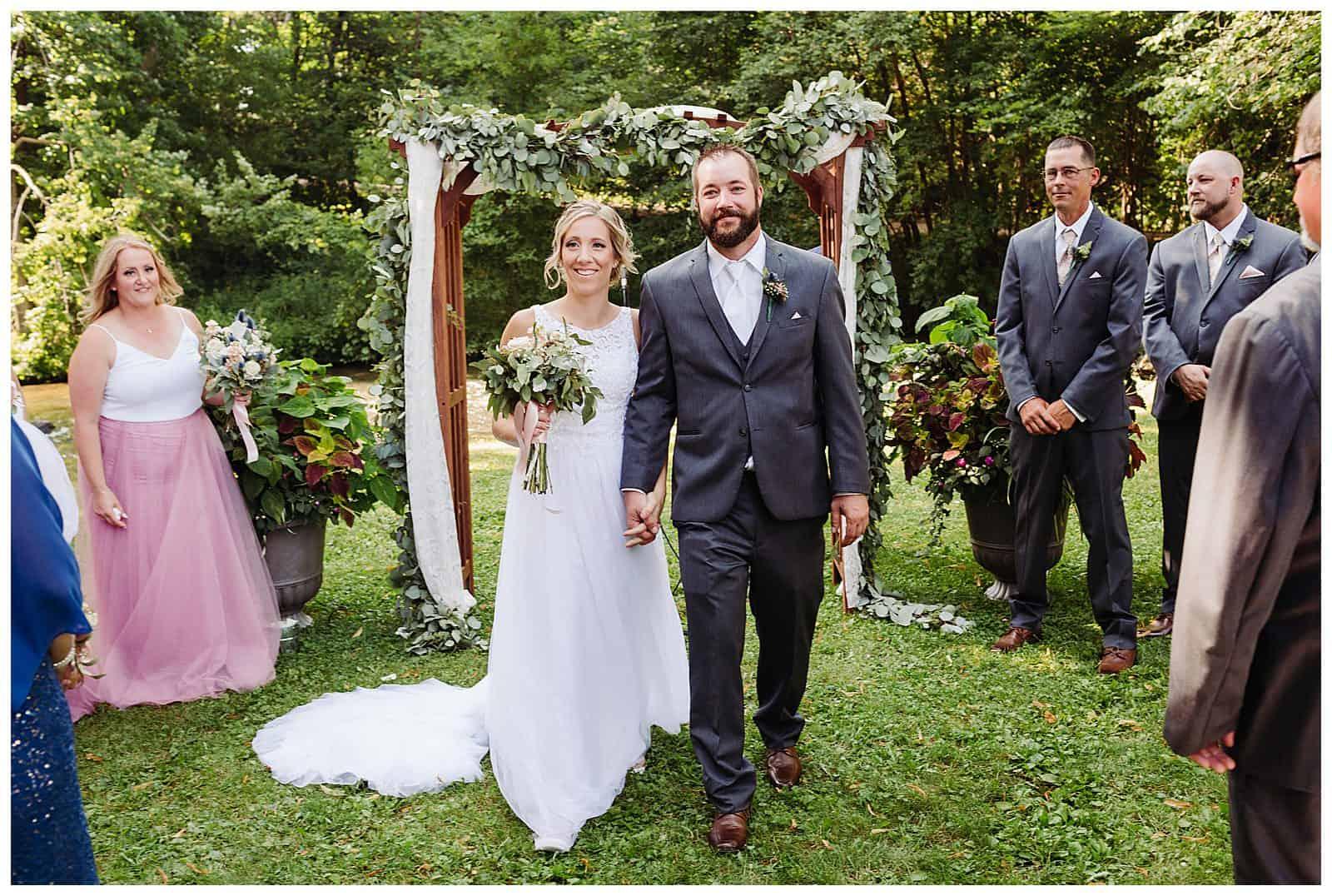 Wisconsin wanderoos wedding
